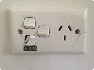 POWER_POINTS_AND_LIGHT_SWITCHES_UPGRADE_HOME_VER_02_faulty_4